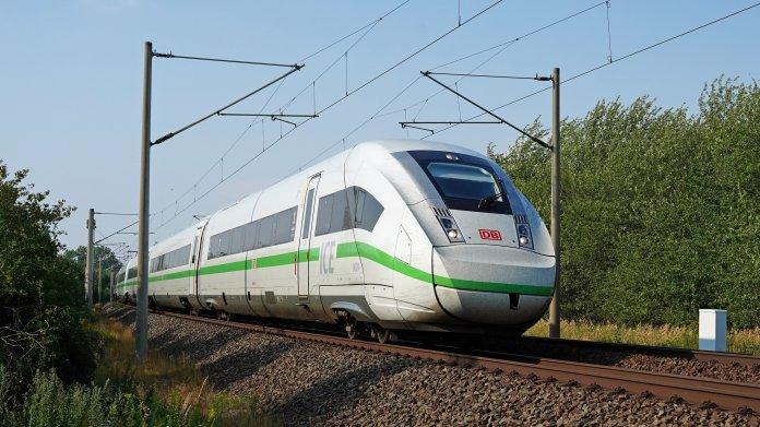 Corona-Pandemie: Bahn braucht acht bis zehn Milliarden Euro
