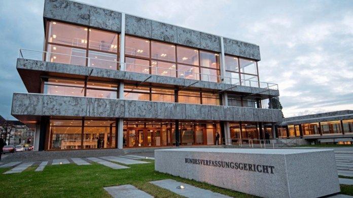 BND-Urteil: Bundesverfassungsgericht stärkt das Fernmeldegeheimnis international
