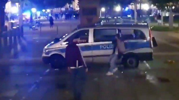 Stuttgarter Krawallnacht: Polizei sammelt Beweisvideos und -fotos