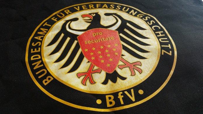 Überwachung: Medienbündnis warnt vor Staatstrojanern für den Verfassungsschutz