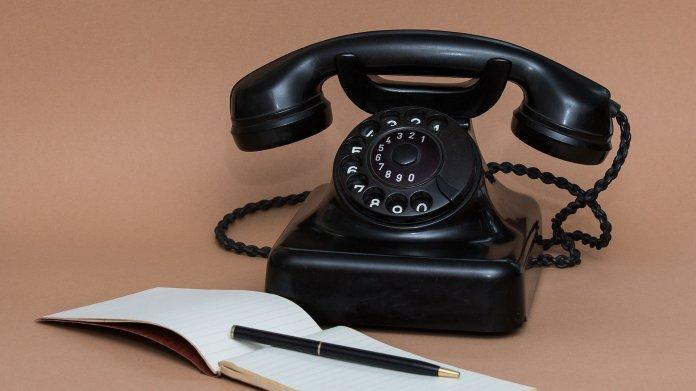 Schwarzes Wählscheibentelefon