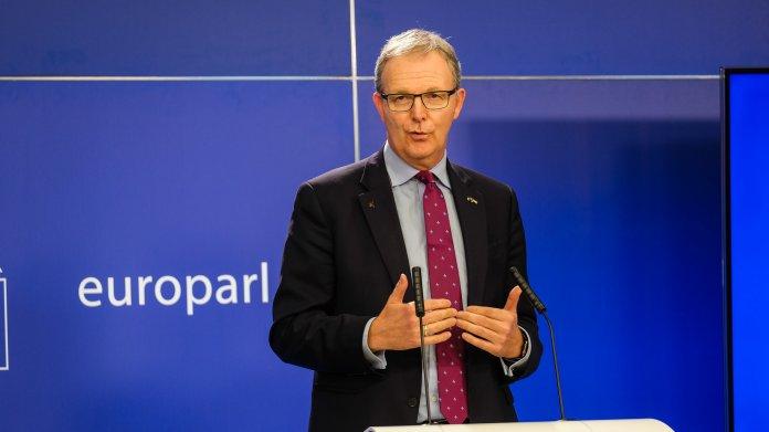   Axel Voss (EVP) im Oktober 2020 bei einer Pressekonferenz im Europaparlament.