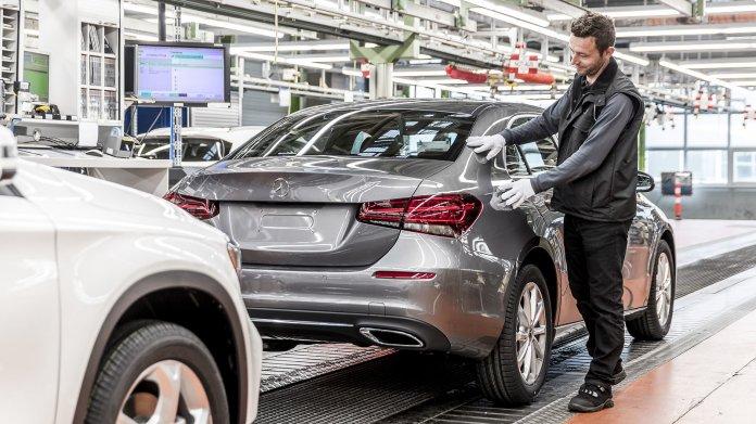 Chip-Engpass: Daimler schickt wohl mehr Mitarbeiter in..