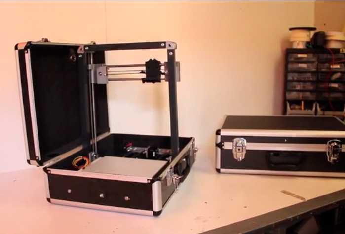 Der TeeBot ist als DIY-Kit für 400 Euro erhältlich und wird im August 2015 ausgeliefert.