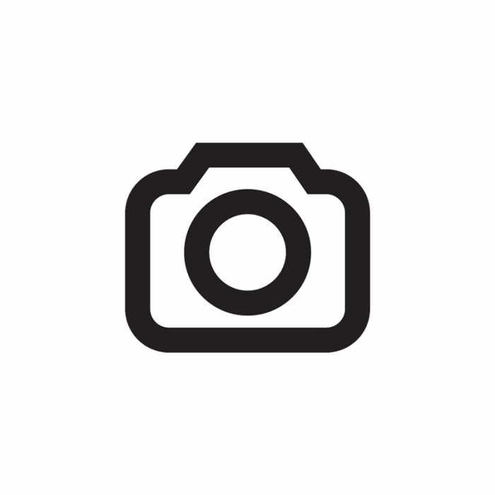 Anders als beim iPad braucht man kein Spezialwerkzeug, um das Nexus 7 zu öffnen. Wenn es in Zukunft Ersatzakkus gibt, dürfte der Tausch kein Problem sein.