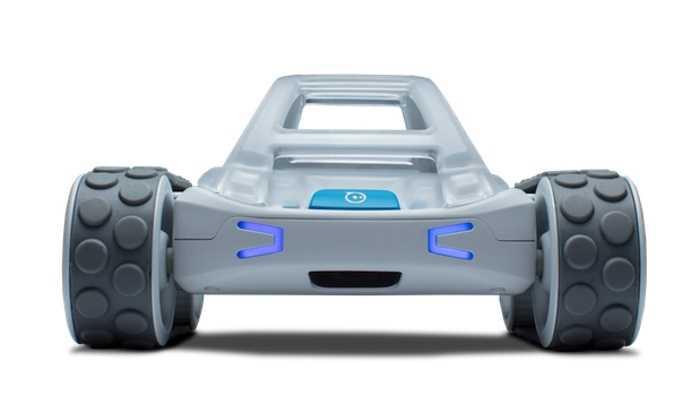 Frontansicht eines kleinen Modellautos.