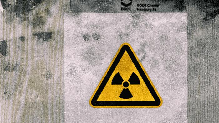 Implantate mit Strom aus Atom
