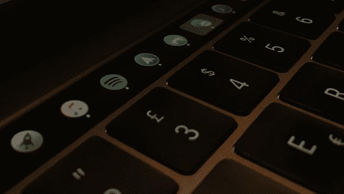 MacBook Pro: App schickt Dock in die Touch Bar