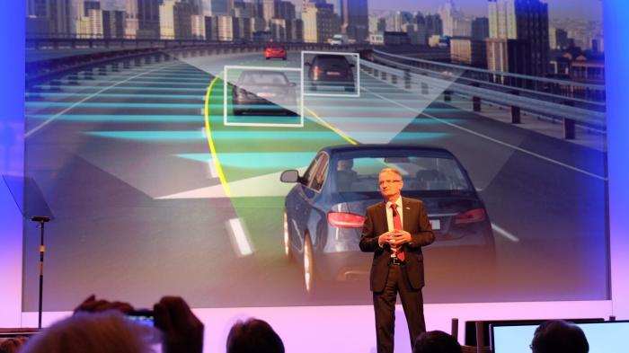 CES: Bosch lässt Autos alleine fahren