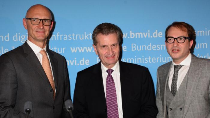 """Oettinger: Netzausbau """"ehrgeiziger"""" angehen"""