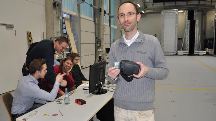 Fraunhofer IIS baut Holodeck mit Smartphone-Virtual-Reality