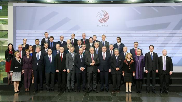 EU-Innenminister drängen auf Austausch von Fluggastdaten