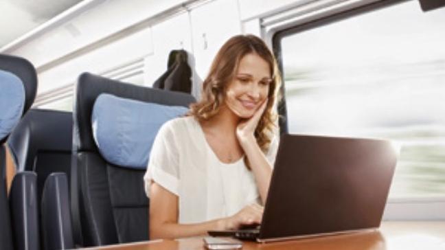 Grüne klagen über schlechte Internet-Qualität in ICE-Zügen