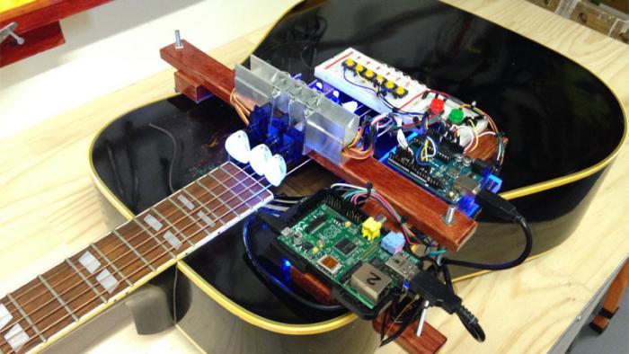 Gitarre spielen mit Arduino und Raspberry Pi | Make