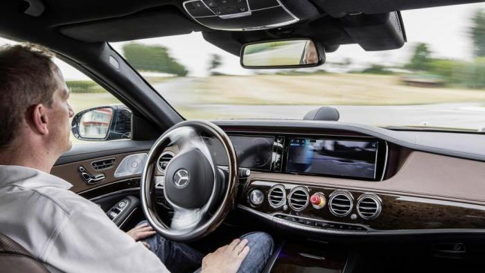 Bundesrat will Tests für autonomes Fahren ausweiten