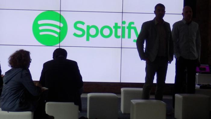 Spotify streamt jetzt auch Videos und Podcasts