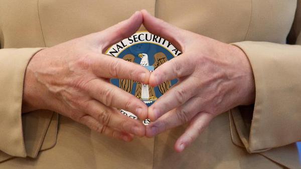 """Massenüberwachung: """"Wir müssen Empörung organisieren"""""""