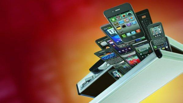 Smartphones aus einem Koffer