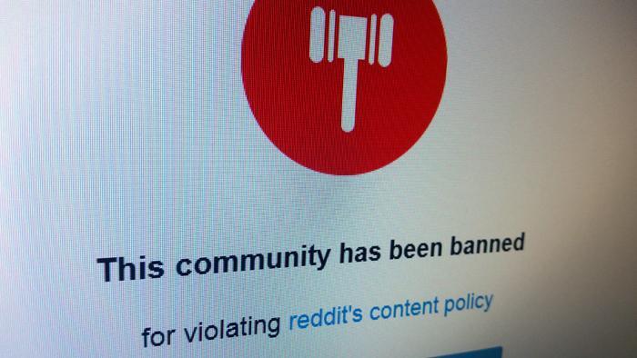 Reddit sperrt nun doch rassistische User-Bereiche