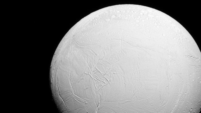 Eismond Enceladus
