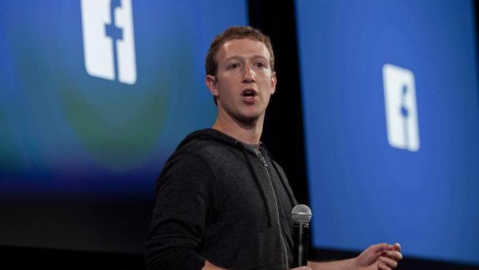 Zuckerberg hält an Free-Basics-Initiative in Indien fest