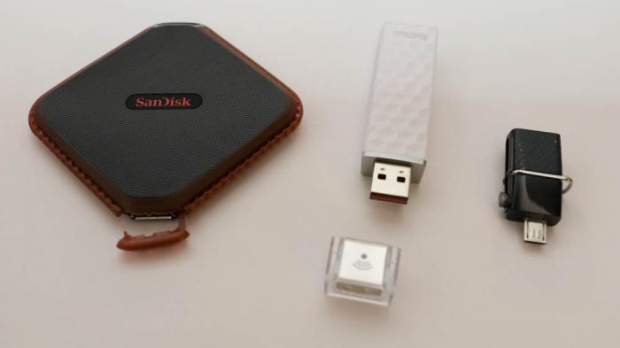 SanDisk Extreme 510, Connect Wireless Stick, Dual USB Drive 3.0