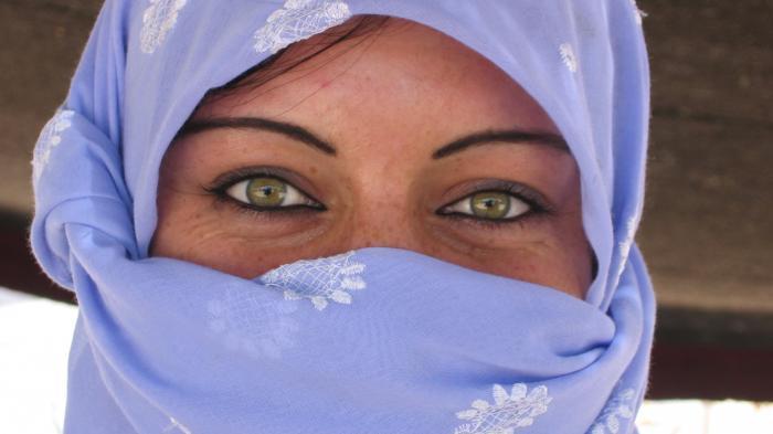 Schöne Augen mit Lachfalten