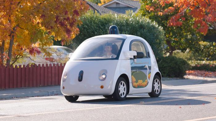 Google: Fahrer verhinderten Unfälle mit Roboterautos