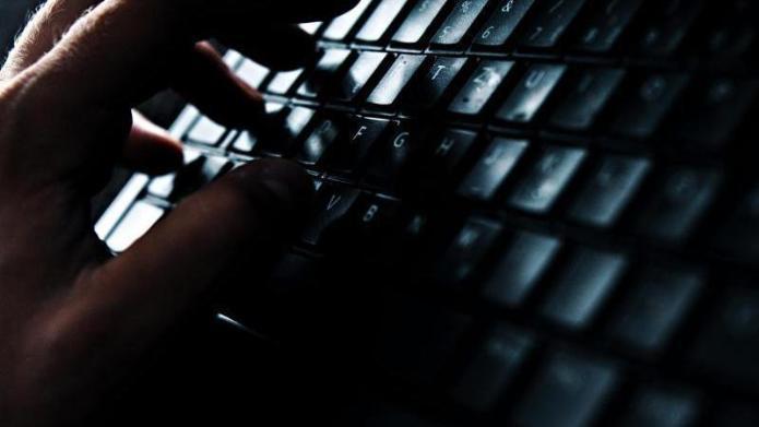 Justizminister Maas: Cybermobbing darf nicht ignoriert werden
