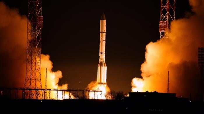 Satellit mit Relaisstation für schnelle Datenübertragung erfolgreich gestartet