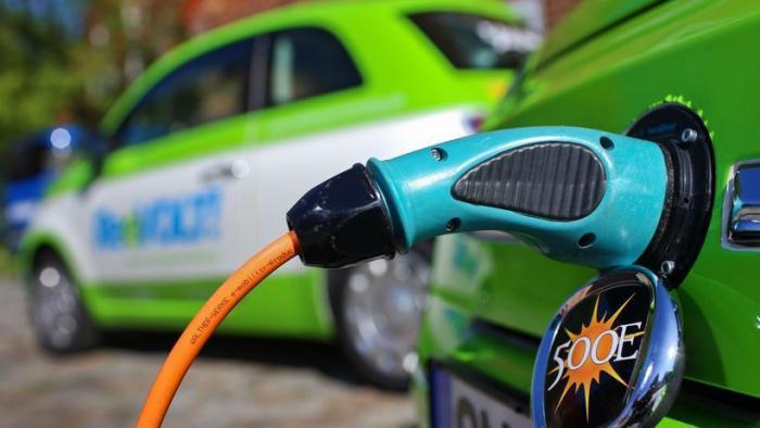 Kaufprämien für E-Autos bleiben umstritten