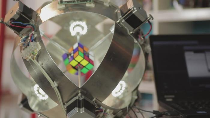 Rubik's-Cube-Roboter: Neuer Weltrekord ist da – und vielleicht schon unterboten