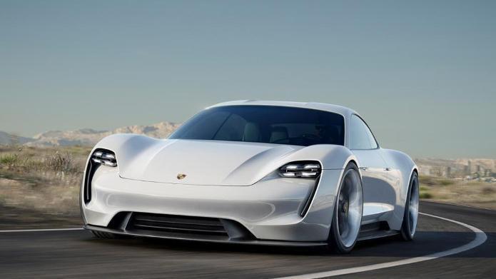 Porsche-Chef: Ladeinfrastruktur würde Elektroautos besser helfen als Kaufprämie