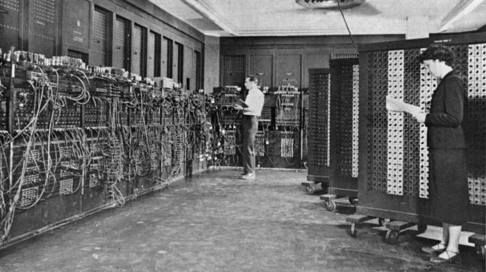 Vor 70 Jahren: Amerika lernt den ersten elektronischen Universalrechner ENIAC kennen