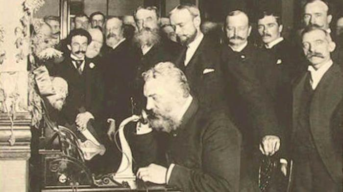 Das erste Telefon