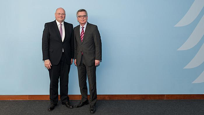 Bundeskabinett bestätigt Arne Schönbohm als Chef des BSI