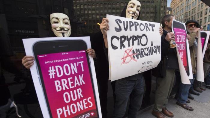 «Knackt nicht unsere Telefone»