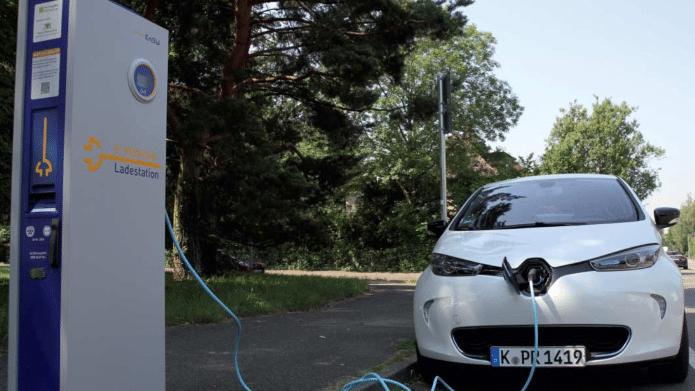 Elektromobilität: Bund will Stromtanken vereinfachen