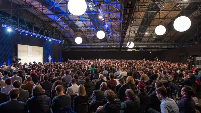 Zuckerberg in Berlin: ?Wir haben unseren Job nicht gut genug gemacht?