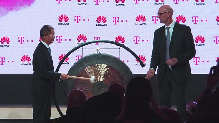 Telekom-Chef Tim Höttges und Huawei-CEO Eric Xu
