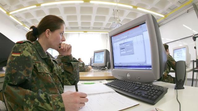 Bundeswehr-Weißbuch: Planspiele für den Krieg im Cyberraum