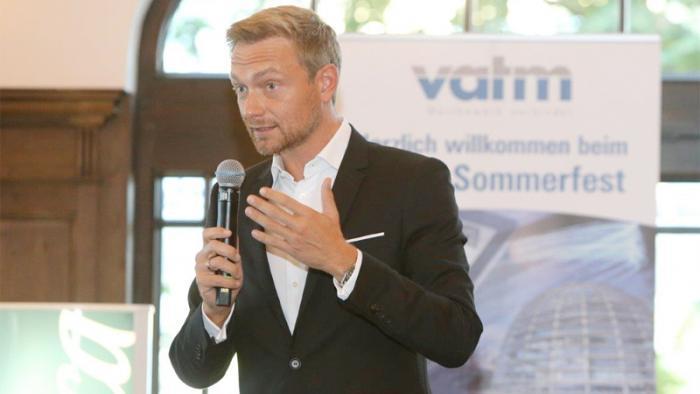 """Breitband-Debatte: """"Bundesregierung hat den Ausbau verpennt"""""""