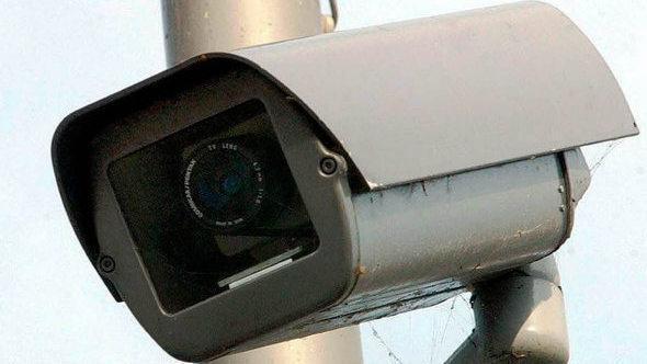Streit über de Maizières Pläne für mehr Videoüberwachung