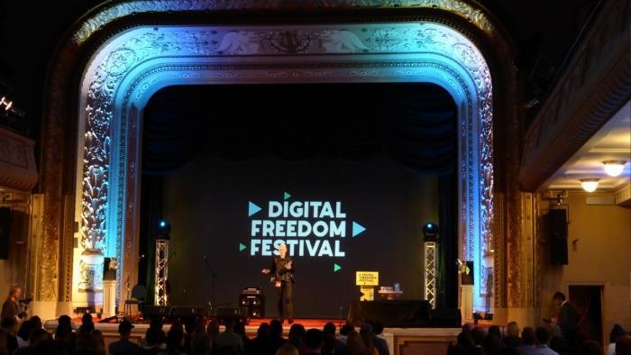 Digital Freedom Forum: Das Silicon Valley debattiert im Baltikum übers Grundeinkommen