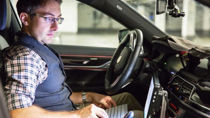 BMW will 40 autonome Fahrzeuge mit Intel und Mobileye testen