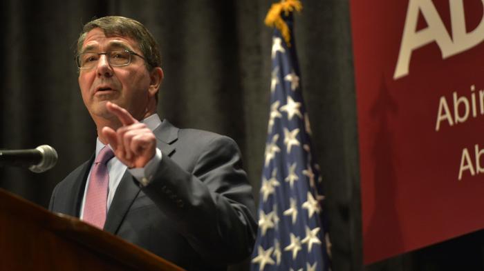 Carter: Antwort auf russische Hackerangriffe war erst der Anfang