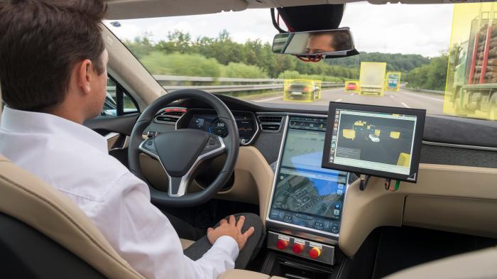 Bosch will selbstfahrenden Autos das Lernen lehren