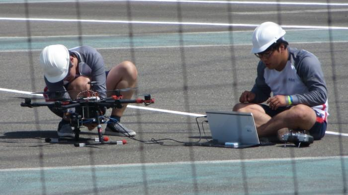 Robotikwettbewerb MBZIRC: Sympathisches Malheur zur Preisverleihung