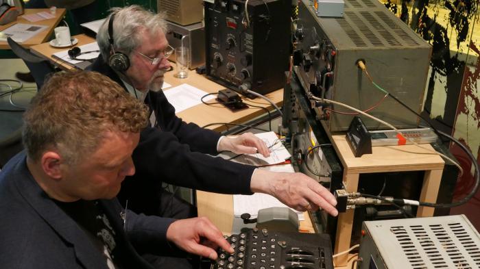 Cipher Event: Enigma-Verschlüsselung mit Turing-Bombe nach fünf Stunden geknackt