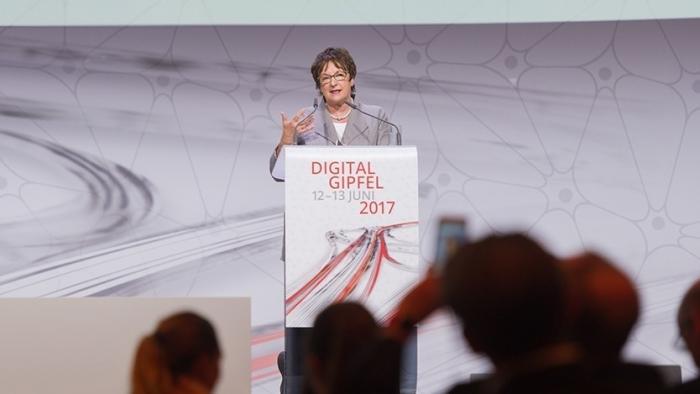 """Digitalgipfel: Ein """"Amazon der Verwaltung"""" soll entstehen"""